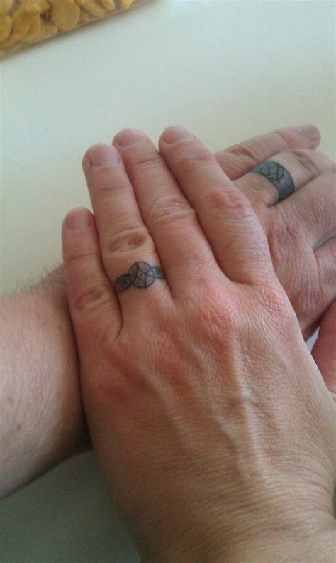 Ring Designs: Tattoo Wedding Ring Designs For Men