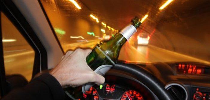 Μεσολόγγι: Οδηγούσε μεθυσμένος, χωρίς δίπλωμα, χωρίς ασφάλεια και με… δίκαννο!