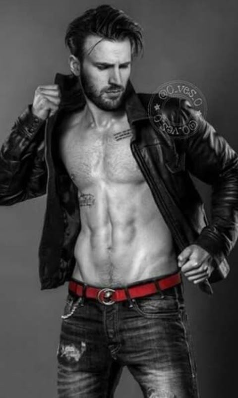Sexy Chris Evans images (#Hot 2020)
