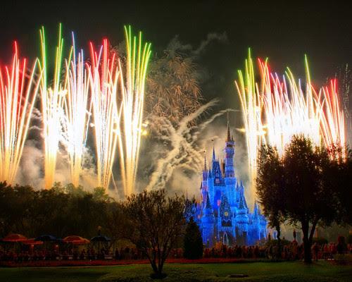 Disney - Holiday Wishes (2) (Explored)