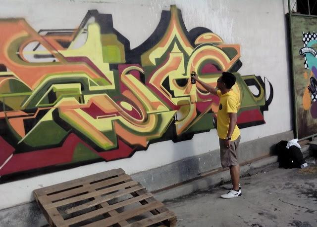 10 gambar grafiti tulisan hendrik  gambar tulisan