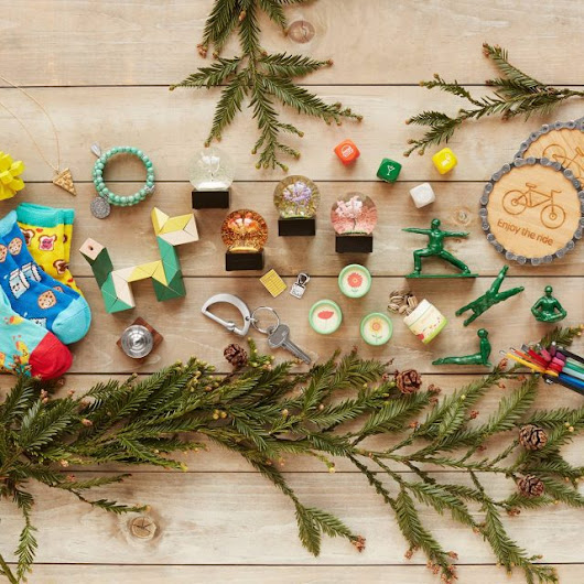 Unique Holiday Gifts with UncommonGoods