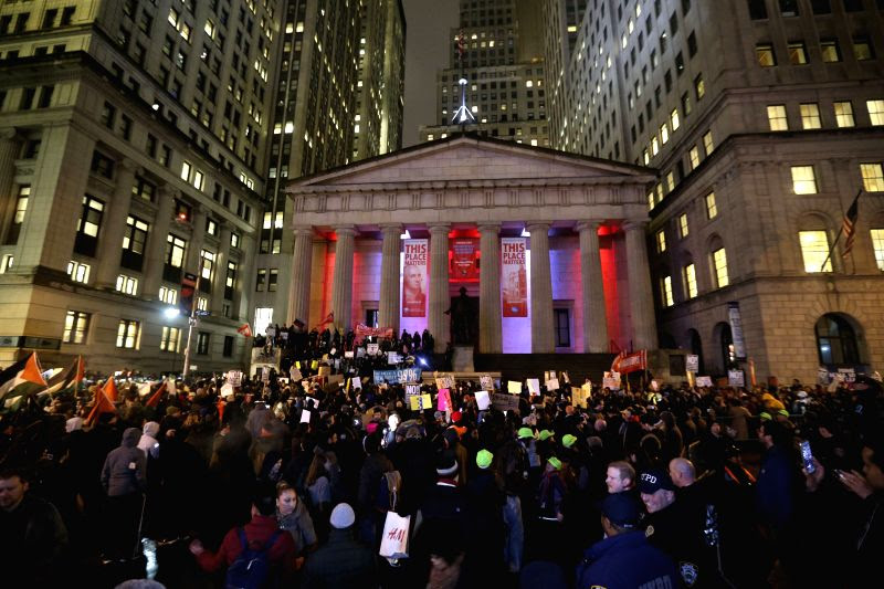 http://www.prokerala.com/news/photos/u-s-new-york-protest-donald-trump-211355.html