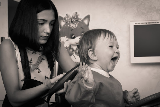 Informative tips to note before going for your child first haircut