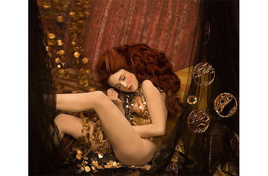 Visual feed: Photographer recreates Gustav Klimt works in real life [NSFW] - ACCLAIM