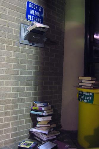 2010_01_18-bookdrop