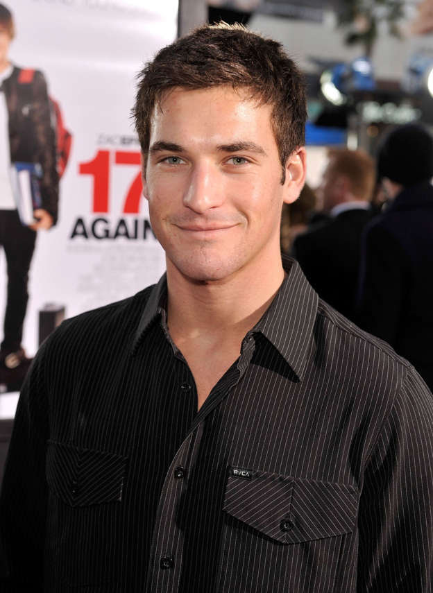Clay Adler arrives at the premiere of Warner Bros. '17 Again' held at Grauman's Chinese Theatre on April 14, 2009 in Hollywood, California.