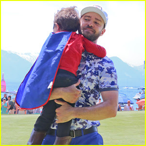 Justin Timberlake Meets a Boy Adorably Dressed as BatKid!