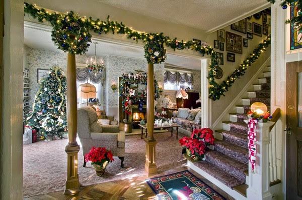 10 Beautifull living room Christmas decoration ideas ...