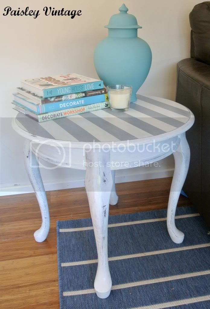 photo stripeysidetable3_zps4d55e4bc.jpg