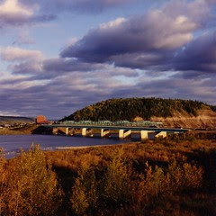 Bridge over the Athabasca River in Fort McMurr...