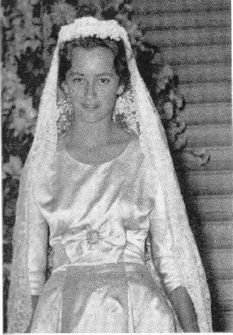 The Wedding Dress   Princess Paola Ruffo Di Calabria