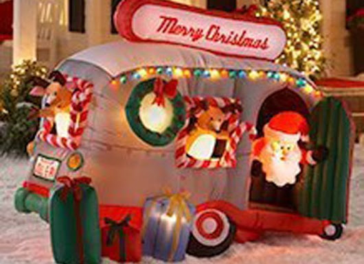 PHOTOS: 11 Inflatable Christmas Decorations That Make Us Go 'Huh?'