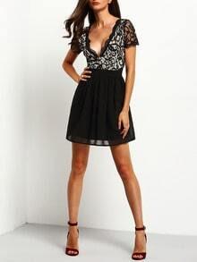 Black Deep V Neck Lace Pleated Dress