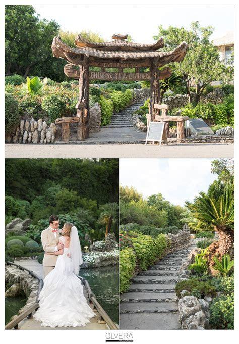 Japanese Tea Gardens Intimate Wedding  San Antonio, TX