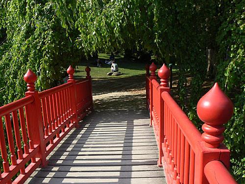 petit pont.jpg