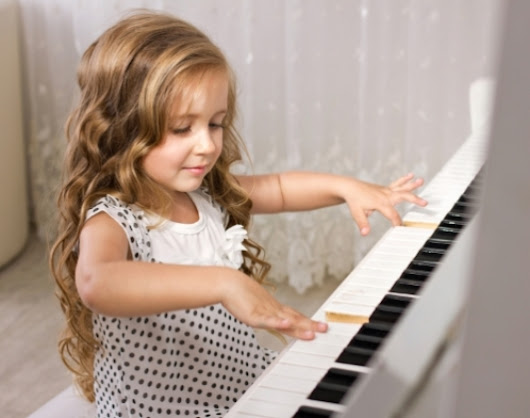 Different Ways That People Learn to Play Piano in Frisco TX