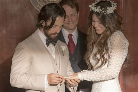 Mandy Moore Inspired By Her ?This Is Us? Wedding Dress