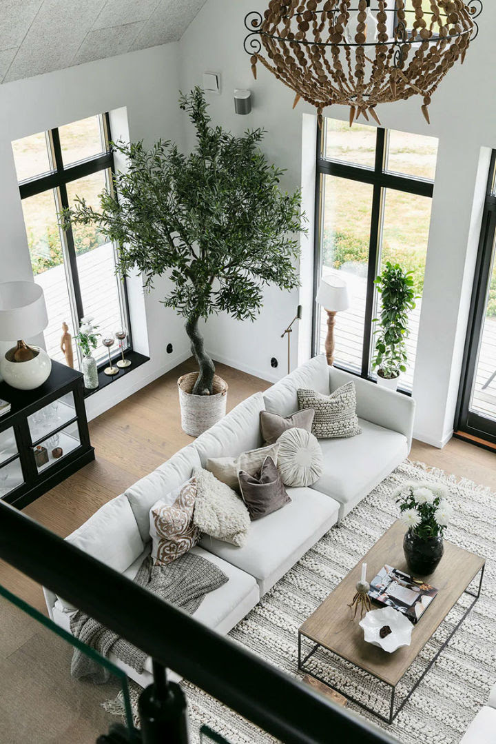 You Ll Love This Fascinating High Ceiling Home Decoholic
