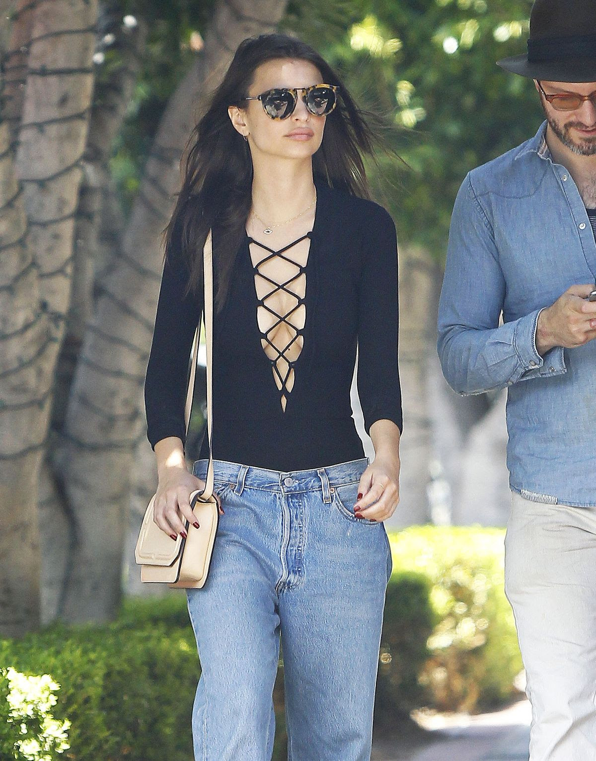 EMILY RATAJKOWSKI Out and About in Los Angeles 04/30/2015