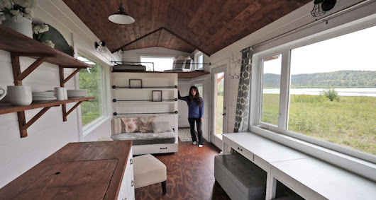 This Alaskan woman built a beautiful tiny home in the forest and is offering the plans for free