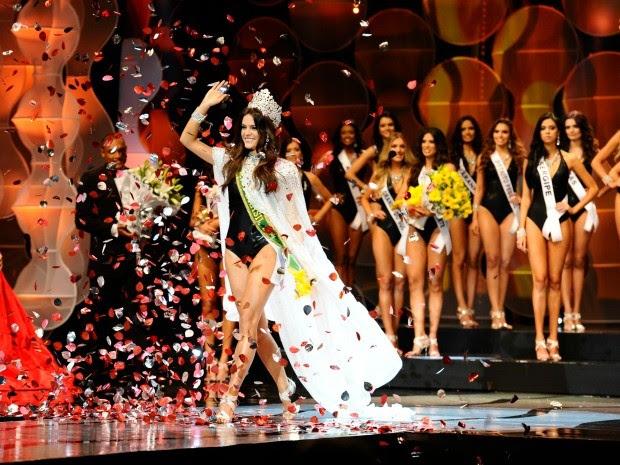 Cearense disputou o título com outras 26 garotas e vai representar o Brasil no Miss Universo, nos EUA (Foto: Lucas Ismael/Band/Divulgação)