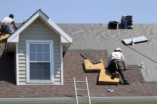 Roofing Options Given by Roofing Contractors in Flat Rock Michigan