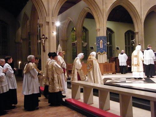 Pontifical High Mass @ Leicester por mike4b