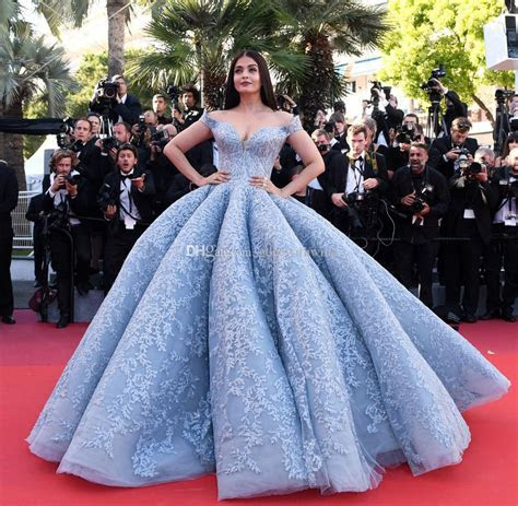 Light Blue Lace Ball Gown Wedding Dresses 2017 Red Carpet