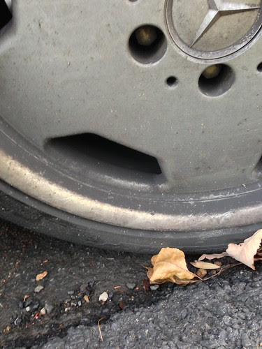 Mercedes tire rim