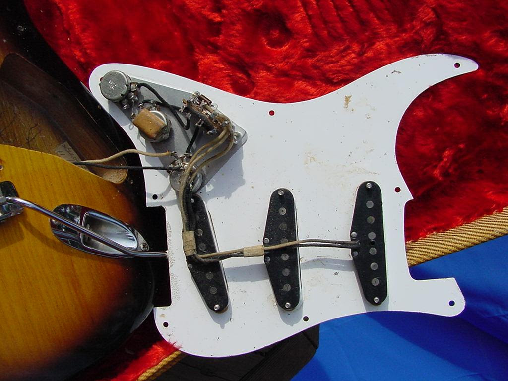 1954 Fender Stratocaster Guitar 54 Fender Strat Guitar Collector Info Vintage Pre Cbs