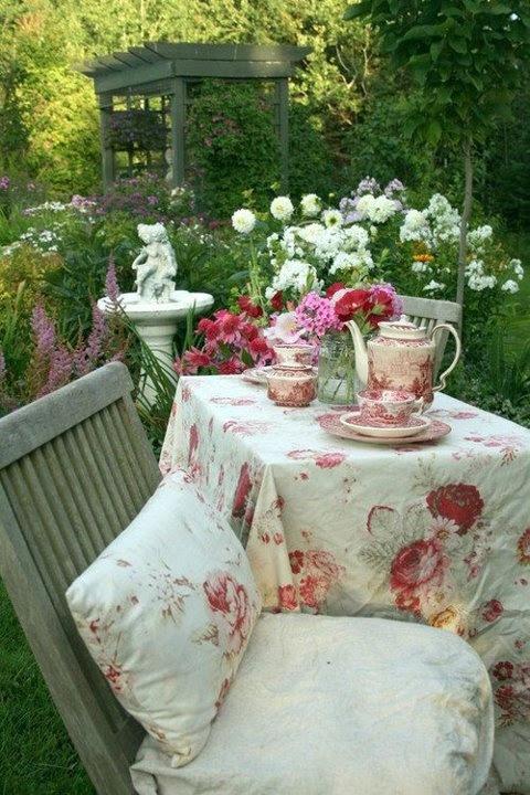 Garden Party Ideas - lifestylebycaroline.