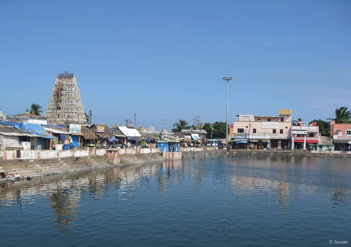 Thiruporur Temple Tower and Tank