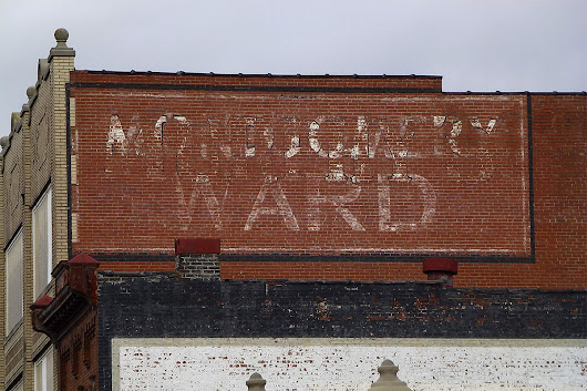 Long-gone businesses leave a legacy in 'ghost signs'
