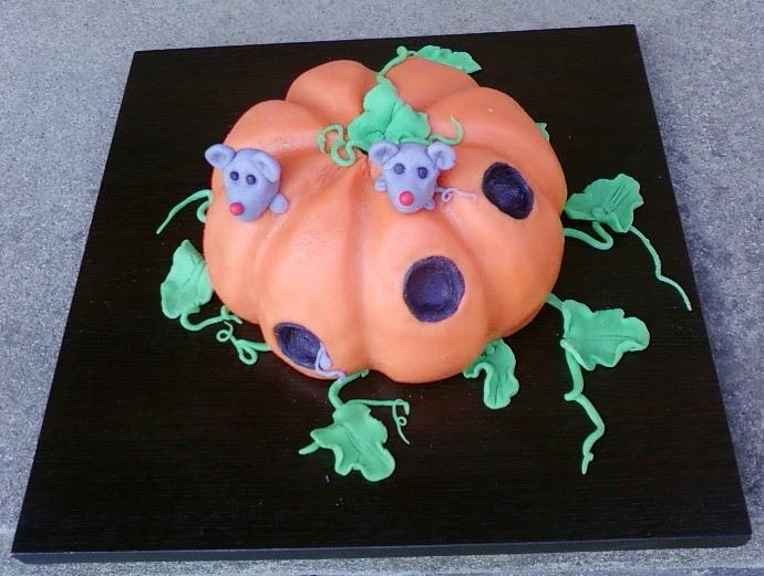 File:CakeGaga1Serbia.jpg
