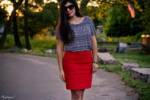 red pencil skirt to work-5.jpg