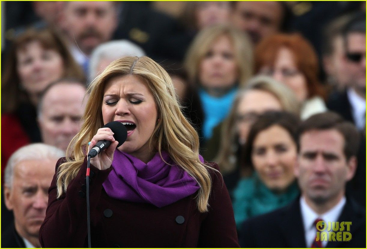 kelly-clarkson-inauguration-performance-watch-now-03, Kelly Clarkson