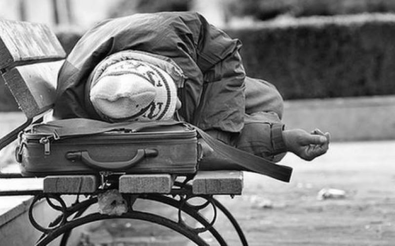 Αποτέλεσμα εικόνας για τροφιμα σε αστεγους