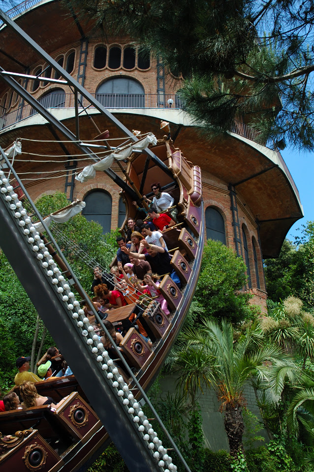 Amusement Parks: Swinging Ship Attraction at Tibidabo, Barcelona