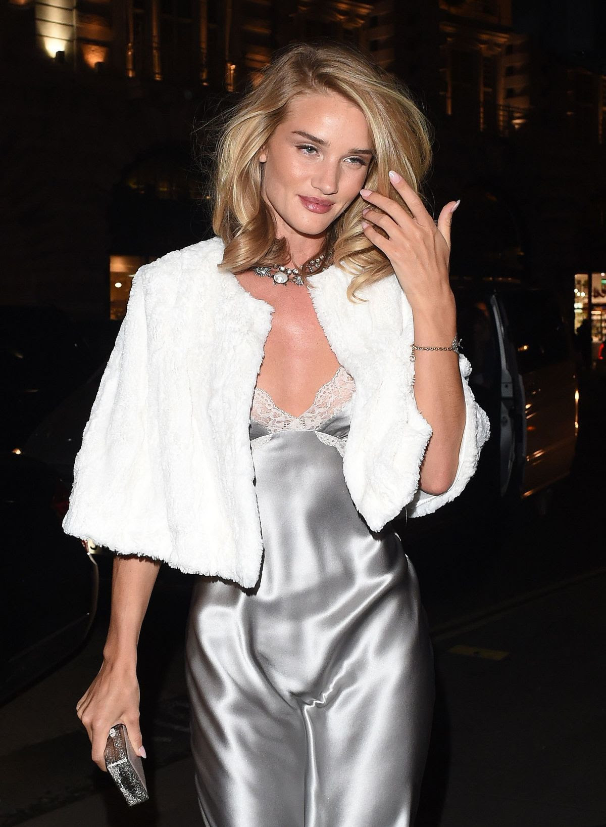 ROSIE HUNTINGTON-WHITELEY Arrives at Cafe Royal Hotel in London
