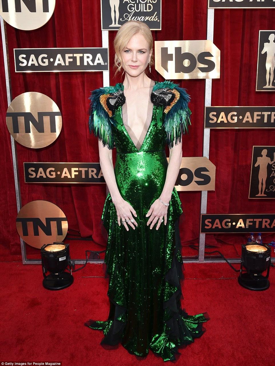 Topo da lista: Nicole Kidman lidera o pior vestido no SAG Awards domingo com este vestido verde Gucci