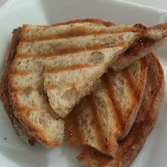 havarti grilled cheese w/tomato chocolate jam
