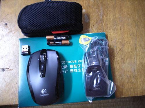 敗家:Logitech VX Nano無線雷射滑鼠+全球最小型USB接收器