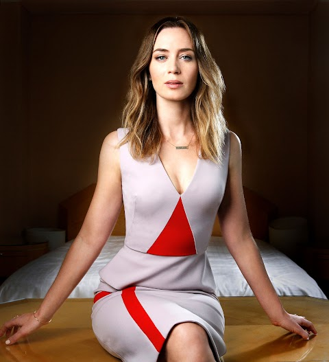 Emily Blunt Hot - Hot 12 Pics | Beautiful, Sexiest