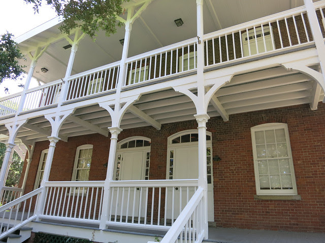 IMG_1318-2013-06-15-St-Augustine-Lighthouse-view-of-light-keepers-house-porches
