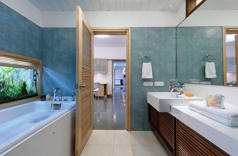 | Blue bathroom decorInterior Design Ideas.
