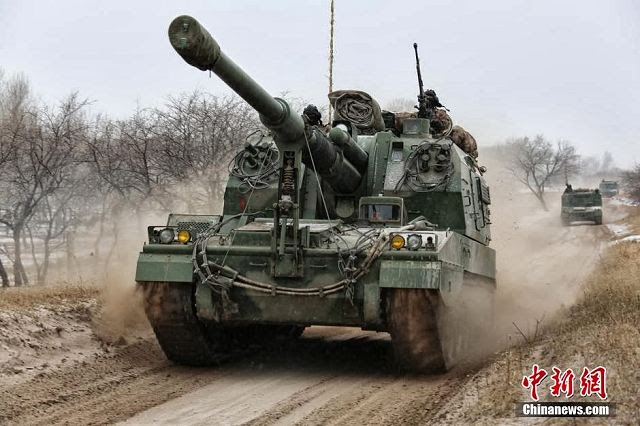 Se ha movilizado a cerca de 100.000 soldados chinos y miles de vehículos de la 16 ª y 39 ª Grupos de la Región Militar de Shenyang del Ejército para un ejercicio de invierno cerca de la frontera con Corea del Norte para prepararse para una posible crisis de la península coreana, informa el Chosun Ilbo de Seúl .