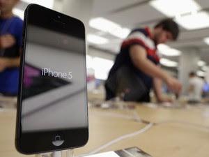 Site dará iPhone 5 para homem que tiver o menor pênis. (Foto: Reuters)