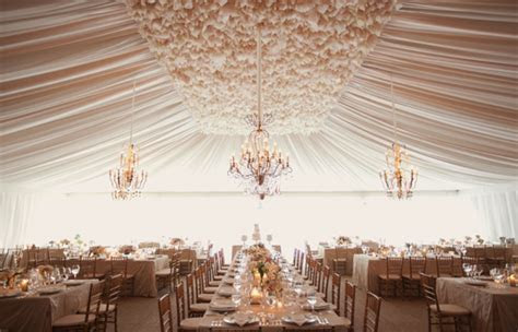15 Swoon Worthy Tent Wedding Ideas   Belle The Magazine