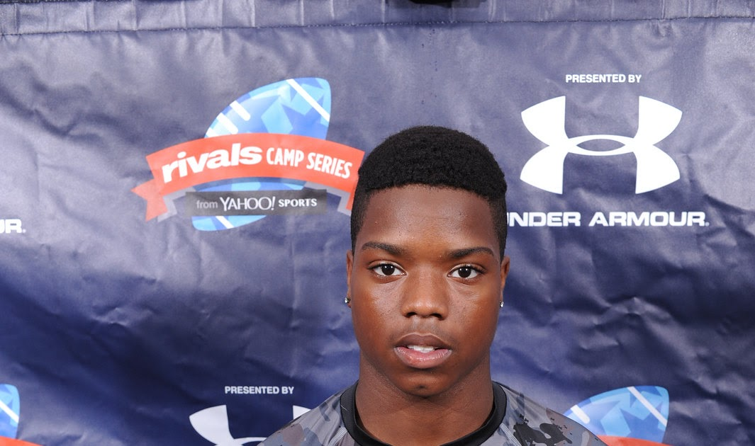 Touch the Banner: 2015 Rivals 5-star Challenge participants